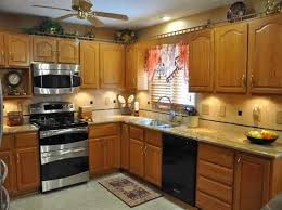 pictures of kitchen backsplashes with granite countertops prime kitchen backsplash ideas with granite countertops apoc by