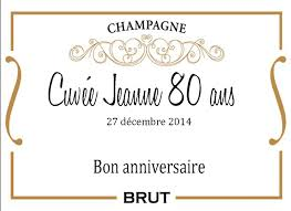 decoration table anniversaire 80 ans etiquette personnalisée à coller sur bouteille repas anniversaire