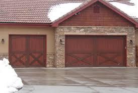 Barn Style Garage 10 Garage Door Trends Of 2016 Homedecorxp Com