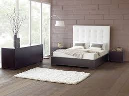 Minimalist Bed Frame Bedroom Modern Minimalist Bedroom Decor With Long White Tufted