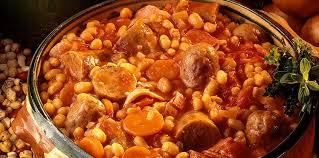 cuisiner un cassoulet cassoulet espagnol facile et pas cher recette sur cuisine actuelle