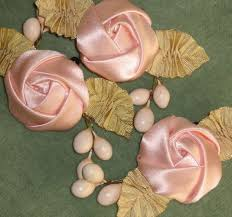 silk satin ribbon wish i could get my folded roses to look like this i m all thumbs