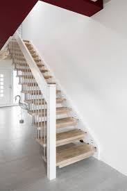 freitragende treppen die besten 25 freitragende treppe ideen auf malerei