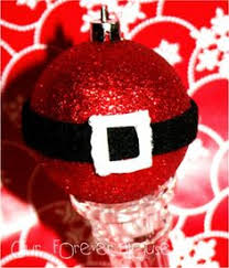 make these ornaments with foam balls glitter and a