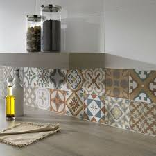 carrelage cuisine carrelage marocain un en forme de carreaux carrelage mural