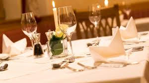 table setting in hotel crowdbuild for