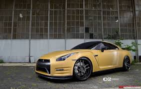 nissan gtr wrapped gold wrapped nissan gt r with 21 inch d2forged wheels gtspirit