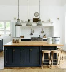 cuisine facade bois cuisine industrielle l élégance brute en 82 photos exceptionnelles