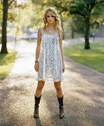 senior picture ideas for country girls photo shoot moda style