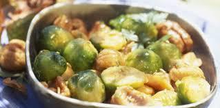 cuisiner les choux de bruxelles choux de bruxelles aux châtaignes facile et pas cher recette sur