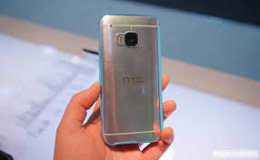 hands on htc one m9 u0027s new dot view and stylish interchangeable