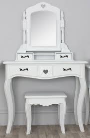 White Wooden Table Surface Best 25 Modern Vanity Table Ideas On Pinterest Modern Makeup