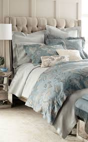 Blue And Beige Bedrooms by Best 20 Luxury Bedding Ideas On Pinterest Luxury Bed Luxurious