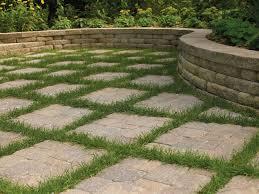 Concrete Block Garden Wall by Concrete Retaining Walls Design Concrete Block Retaining Walls By