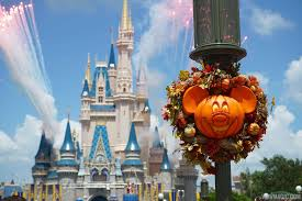 photos at look at this year u0027s magic kingdom halloween decorations