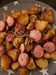 cuisiner des saucisses fum馥s saucisses fumées p de terre chignons recettes cookeo
