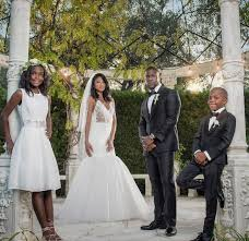 kevin hart wedding kevin hart marries eniko parrish see the stunning wedding album