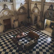 lynnewood hall floor plan see inside these haunted houses amityville horror house and other