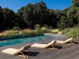 amenagement exterieur piscine 17 idées d u0027aménagements de piscines qui font rêver elle décoration