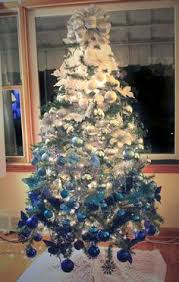 Blue White And Silver Christmas Tree - christmas is coming blue christmas purely inspiration