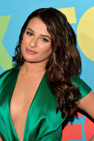 secret lea michele u0027s beachy waves hairstyle a special tool