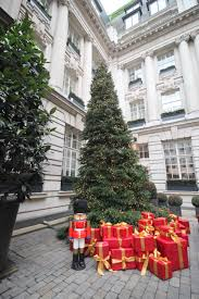 Decorated Christmas Tree London by London Christmas Tree Tour 2015 Let Me Tell You About A Hotel