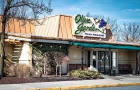 Olive Garden Rock Road Wichita Ks The Fascinating Origins Of The 25 Chain Restaurants Gallery