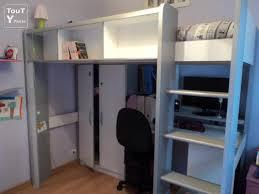 lit bureau armoire combiné marvelous lit bureau armoire combine 13 lit combiné bleu avec