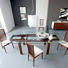 Dining Sets For Small Spaces by Dining Tables Expandable Dining Table For Small Spaces 12 Person