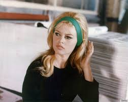 1960 hair styles facts 1960s hair icons who taught us everything about big hair huffpost