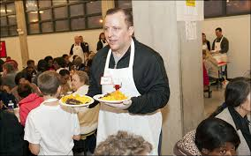 thibodeau bulls serve thanksgiving dinner to 700 visitors at