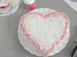 How To Decorate Heart Shaped Cake How To Decorate A Heart Cake Home Design U0026 Architecture Cilif Com