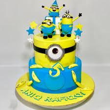 minions cake minions cake sooperlicious cakes