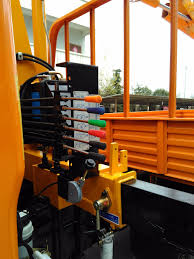 2 ton folding boom mobile crane specification with patent remote