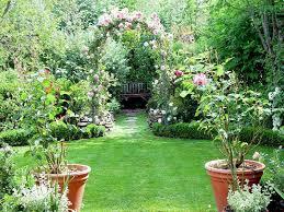 pics for u003e beautiful backyard flower gardens yards pinterest