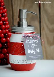 Using Mason Jars To Decorate For Christmas by 43 Mason Jar Christmas Crafts Fun Diy Holiday Craft Projects