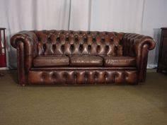 canap anglais cuir canapé chesterfield en cuir vert anglais capitonné en assise