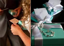 wedding gift exchange wears s bridal bracelet and groom exchange wedding gifts