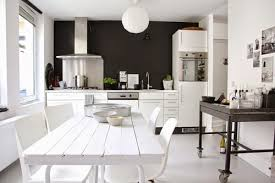 cuisine mur noir cuisine blanche mur noir jpg 500 333 house design
