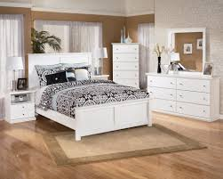 King Bedroom Sets Art Van Bostwick Shoals Solid White Cottage Style Bedroom Set Wholesale