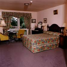 earls court house hotel killarney irl great rates at expedia ie