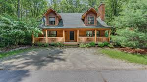 kingfisher cove cabin 29 lakeshore lodging it is a log cabin style home close to goshorn lake