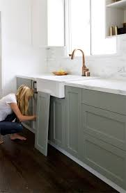 How To Modernize Kitchen Cabinets Best 25 Repainted Kitchen Cabinets Ideas On Pinterest Painting