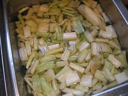 cuisiner des cardons gratin de cardons à la moelle d après bocuse lacath au four et au