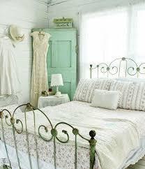 style chambre a coucher adulte décoration chambre vintage du charme à l ancienne