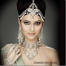 5 ultimate hair accessories for indian brides india s wedding