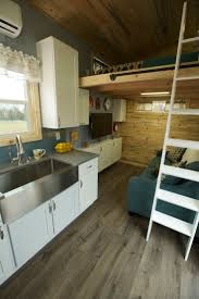tiny 2 best 25 tiny homes on wheels ideas on pinterest tiny house on