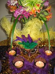 mardi gras boas mardi gras table setting ideas oh my creative