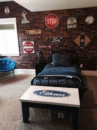 Bedroom Wa by Best 25 Boys Car Bedroom Ideas On Pinterest Car Bedroom Car