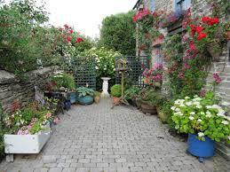 Small Garden Paving Ideas by Download Paved Garden Ideas Garden Design